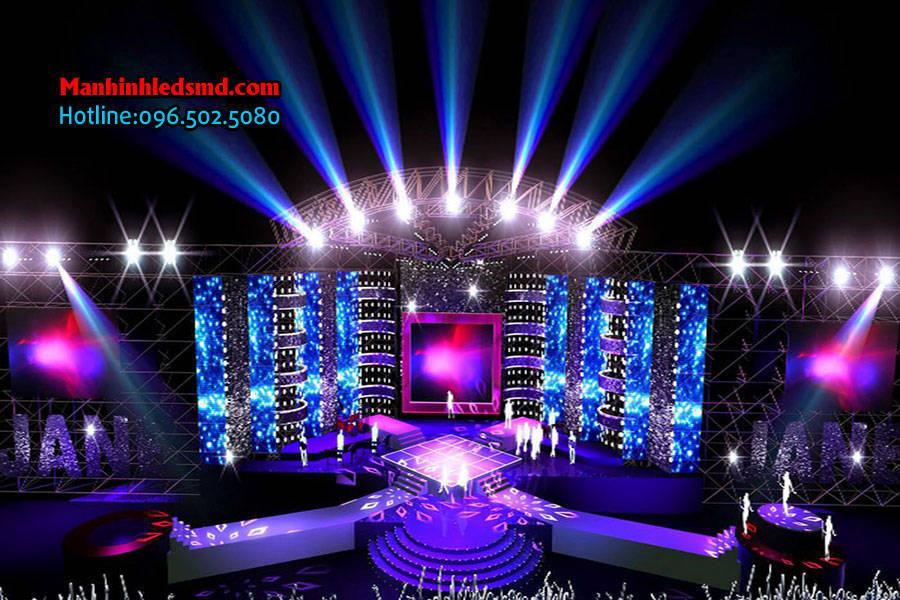 Màn hình LED sân khấu tiệc cưới P7.62